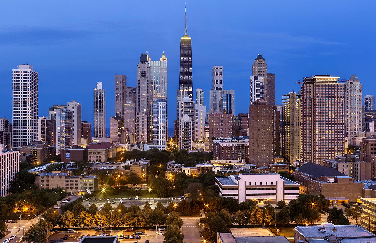Niche 905 Chicago city views